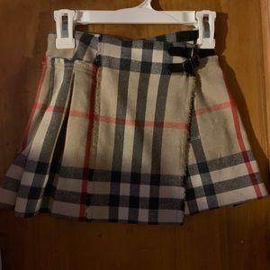 Girls timeless Burberry skirt